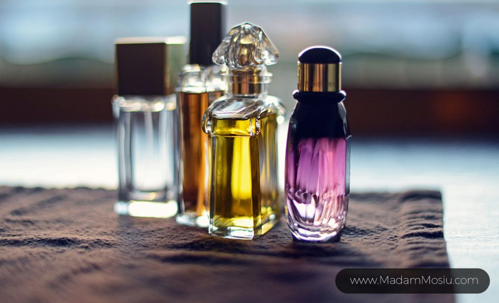 عطر امضا چیست؟ نکات مربوط به انتخاب عطر امضا